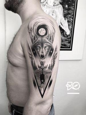 By RO. Robert Pavez • Road of the Wolf 🐺 • Done in studio ZOI TATTOO • Stockholm 🇸🇪 2018 #engraving #dotwork #etching #dot #linework #geometric #ro #blackwork #blackworktattoo #blackandgrey #black #tattoo #fineline