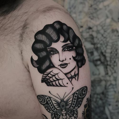 Tattoo by Simon Gyllstrom #SimonGyllstrom #tattooedladytattoos #tattooedlady #tattooedgirl #tattoos #pinups #lady #ladyhead #ladyportrait #babe #spiderweb #barbedwire