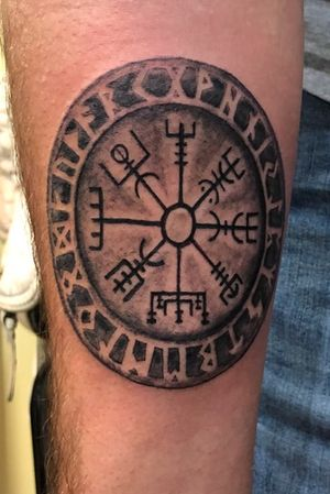 Celtic compass #viking #celtictattoo