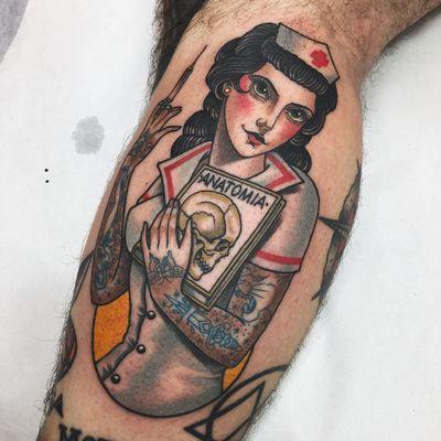 Tattoo by Xam #Xam #Xamthespaniard #tattooedladytattoos #tattooedlady #tattooedgirl #tattoos #pinups #lady #ladyhead #ladyportrait #babe #skull #sword #butterfly #panther #nurse #needle #color #Neotraditional