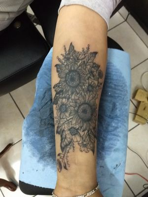 Sunflower tattoo #MexicoCity #ValhallaTattooink