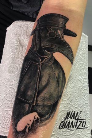 #tattooartist #spnttt #bcnttt #thebesttattooartists #tattoorealistic #tatuajes #tattoo #tattooart #inklife #inked #ink #tattooculture #tattoodo #tattoolife #inkedmag #tattoolifemag #inkedup #tattooistartmag #radtattoos #barcelonatattoo #tattoooftheday #skinartmag #tattoosocial #plague #spaintattooartist #spanishrealistictattoos #tattoo_spain #spaintattoo #plaguedoctor