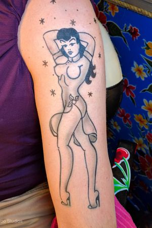 Pinups are always fun to do. #pinup #pinupgirl #sailorjerry #classictattoos