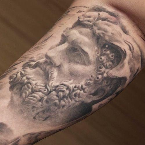 Hercules #hercules#mythology#sculpture#blackandgrey#blackandgreytattoo