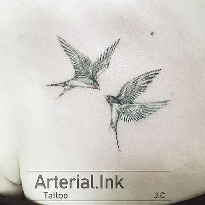 - #swallows#swallow#lineart#fineart#birds#bird#animal#wildlife#artwork#sketch#art#paint#graphic#doodle#tattoo#graffiti#owltattoo#drawing#tattoos#tattooartist#inktober#instagood#ink#刺青#台湾#鳥#台灣#燕