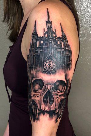 #skull #blackandgrey #castle #fkirons #fusionink #realism