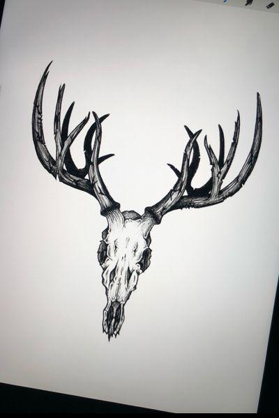 New flash ! Sketchy style #skull #deer #deerskull #sketch #sketchy #flash #wannado #blackandgrey #swisstattoo