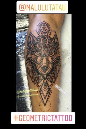 #geometric #geometrictattoo #wolf #dotwork