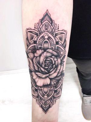 #mandala #rose #pattern #linework #dotwork #belgium #tattoo #flower #rose #roses #customdesign #rosetattoo #flowertattoo #today #photography #closeup #ornamental #roses #flowers #lineart #romania #tattooedgirl #inkedup #linetattoo