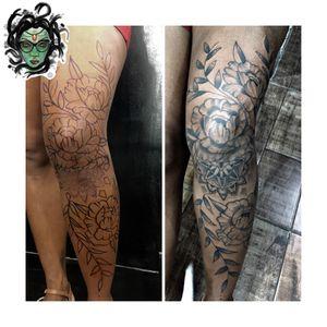 #NaneMedusaTattoo #tattoo2me #tattoo #tatuagem #tattooart #tattooartist #tattoolover #tattoodoBR #riodejaneiro #tatuadora #tatuadoras #fine #fineline #finelinetattoo #fineart #mandala #mandalatattoo #flowers #flowertattoo #freehandtattoo #freehand