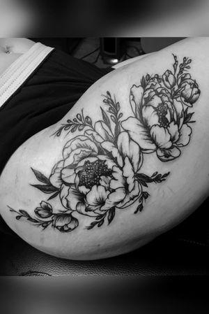 Blackwork peonies. #thightattoo #peony #blackwork #flowers #floral