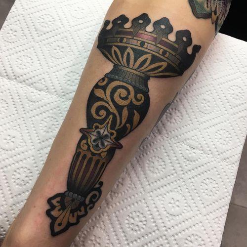 #fog_ars #ink #tattoo #traditional #traditionaltattoo #neotraditional #neotrad #neotradeu #neotradsub #neotraditionaltattooers #neotradtattoo #evolvedmagazine #tttism #tattoodo