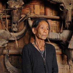 70-year-old Konyak Naga elder Leye Monyu of Changlangshu village, Nagaland. India. Photo: © Lars Krutak 2018. #LarsKrutak #tattoohistory #tattooculture #tattooanthropologist