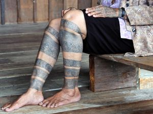 Bahong Bilong, a Kenyah aristocrat of Sarawak MALAYSIA. Photo: © Lars Krutak 2011. #LarsKrutak #tattoohistory #tattooculture #tattooanthropologist