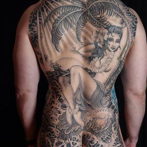 Tattoo by Valerie Vargas #ValerieVargas #tattoodoambassador #blackandgrey #traditional #japanese #lady #pinup# hawaii #ocean #palmtree #sun #sky #clouds #backpiece