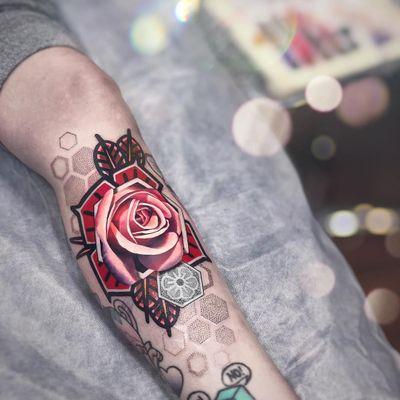 Tattoo by Chris Rigoni #ChrisRigoni #tattoodoambassador #color #dotwork #abstract #realism #rose #flower #floral #leaves #pattern #geometric