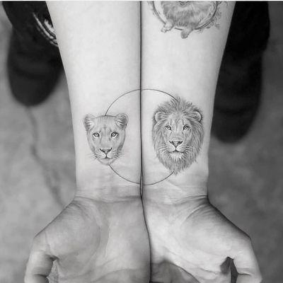 Tattoo by Mr K #MrK #toptattoosof2018 #toptattoos #2018 #bestof2018 #fineline #realism #realistic #lion #lioness #animal #nature #circle #detailed