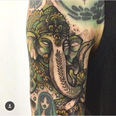 La religion no esta en los templos ..................................................... #kpo #kpobta #ganesha #colombia #luxe #tattoocolombia #tattoopro #ilustraciontattoo #avantgardetattoo #bogotá #latinoamericana #religion