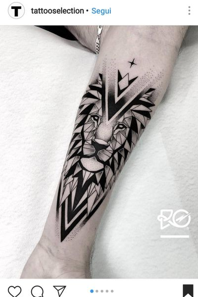 #geometry #geometric #geometrictattoo #lion #animaltattoo #animals #animal #arm
