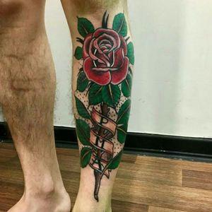 #rose #rosatattoo #tatoodo #traditionaltattoo #traditionaltattoos #TraditionalArtist #TraditionalArtist #flowertattoo