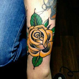 #rose #rosetattoo #yellowrose #traditionaltattoos #traditional #TraditionalArtist #tatted4life #tattooaddict #tattedup #Tattoodo
