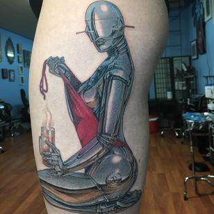 Tattoo by Rafael Marte #RafaelMarte #robottattoos #cyborgtattoos #robot #cyborg #AI #mechanical #machine #pinup #sexy #lady #HajimeSorayama #fineart #painting
