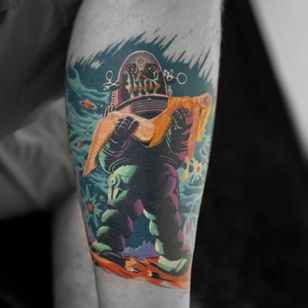 Tattoo by FoxTattooTexas #FoxTattooTexas #robottattoos #cyborgtattoos #robot #cyborg #AI #mechanical #machine #forbiddenplanet #pinup #50s #movie #film #space #galaxy #mars