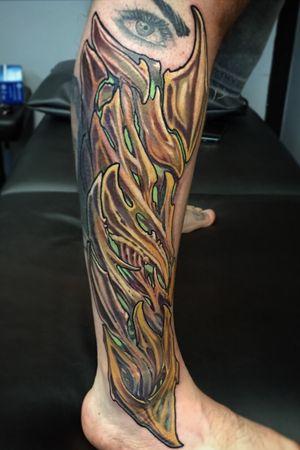 Custom 1 session biomech leg sleeve by Kevin Farrand