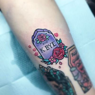 Tattoo by Carla Evelyn #CarlaEvelyn #tombstonetattoos #gravetattoos #tombstone #grave #death #stone #cemetery #text #lettering #quote #newschool #rose #flower #heart #cute