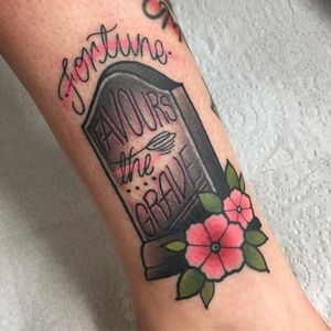 Tattoo by Tilly Dee #TillyDee #tombstonetattoos #gravetattoos #tombstone #grave #death #stone #cemetery #text #lettering #quote #traditional #color #flower #floral