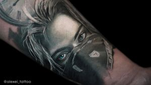 Gangsta girl tattoo portrait by tattoo artist Alexei Mikhailov. The black and grey realistic tattoo. #tattoo #tattoogangsta #tattoopostrait #realistictattoo #tattooartist #alexeimikhailov #alexeitattoo #tattooer #tatu #realism #portrait