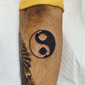 Tattoo by Woo Loves You #WooLovesYou #YinYangtattoos #YinYang #Chinese #symbol #buddha #buddhism #monk #hug