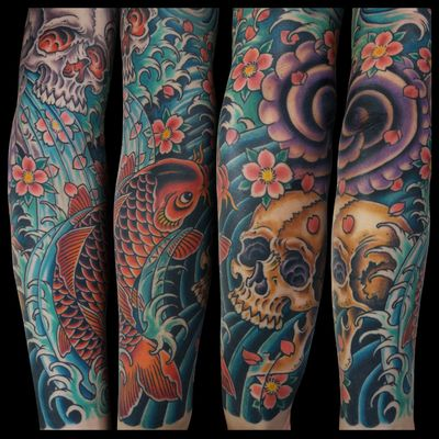 Japanese arm #japanesetattoo #japanese #irezumi #traditional #traditionaltattoo #color #romatattoo #sleeve #flashtattoo #tattooartist #tattooworkers #skinartmag #koi #koifish #skull #skulltattoo #sakura #horimono #Tattoodo