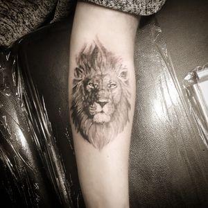 #liontattoo #lionface #blackandgrey #strongwoman #fierce #powerful #unique