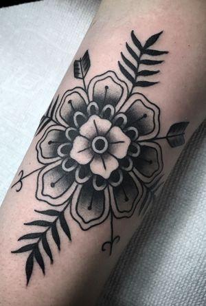Tattoo by Steve Zimovan. #mandala #flower #flowers #arrow #blackandgrey #blacktattoo #blackwork #brightandbold #traditional #traditionaltattoo #ashevillenc #ashevilletattoos