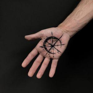 Tattoo by Igor Puente #IgorPuente #moontattoos #moon #nature #blackwork #palmtattoo