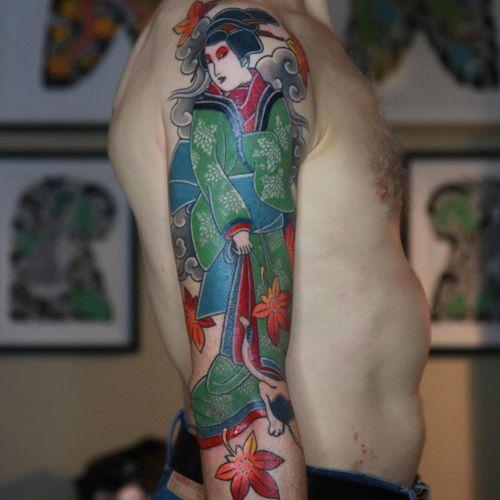Tattoo by Luca Ortis #LucaOrtis #tattoodoambassador #Japanese #Japanesetattoo #Irezumi #geisha #mapleleaf #leaves #fall #nature #cat #clouds