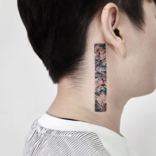 Tattoo by Sigak #Sigak #besttattoos #best #floral #fall #seasons #plant #leaves #nature #fallleaves #necktattoo #neck