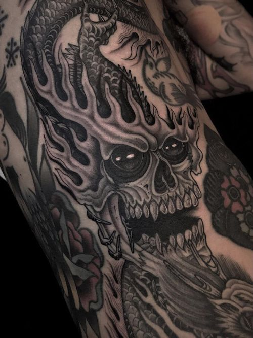 Illegal Tattoos: Juan Diego Prieto #IllegalTattoos #JuanDiego #JuanDiegoPrieto #blackandgrey #fineline #Chicano #demon #dragon #death #skull