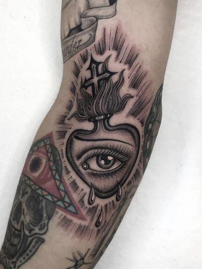 Illegal Tattoos: Juan Diego Prieto #IllegalTattoos #JuanDiego #JuanDiegoPrieto #blackandgrey #fineline #Chicano #sacredheart #eye #fire #cross