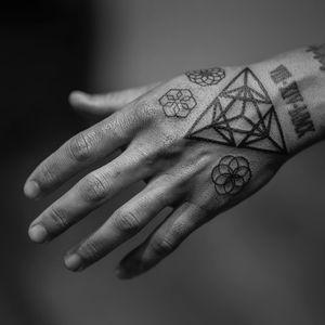 Tattoo by Dillon Forte #DillonForte #geometrictattoos #geometric #sacredgeometry #linework #fineline #pattern #shape #handtattoo