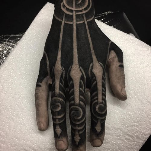 Tattoo by Gakkin #Gakkin #geometrictattoos #geometric #sacredgeometry#blackwork #spiral #wave #handtattoo