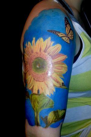 #sunflower #sunflowers #sunflowertattoo #flowers #flowertattoo