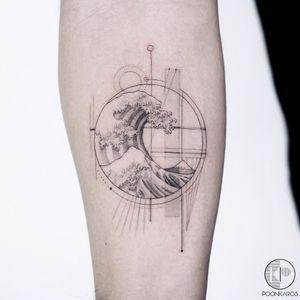 Tattoo by Poonkaros #Poonkaros #hokusaisgreatwavetattoo #hokusaitattoo #greatwavetattoo #wavetattoo #Japanese #ukiyoe #ukiyoeprint #ocean #greatwaveoffkanagawa