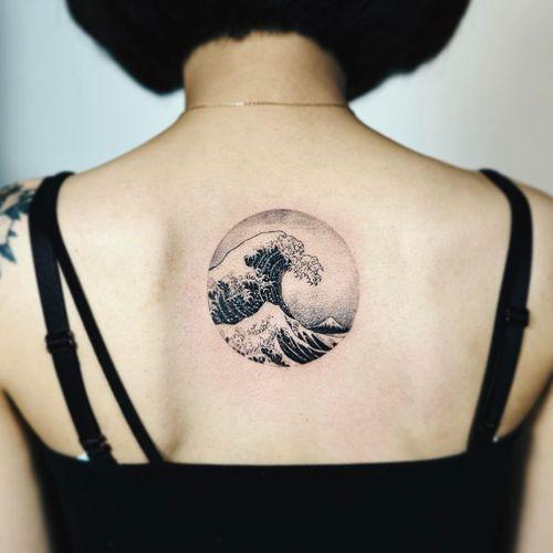 Tattoo by Nando #Nando #hokusaisgreatwavetattoo #hokusaitattoo #greatwavetattoo #wavetattoo #Japanese #ukiyoe #ukiyoeprint #ocean #greatwaveoffkanagawa