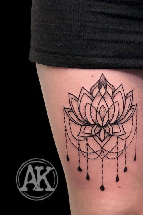 #tattoo #tat #tattoogirls #tattoos #tatoo #tatu #tats #tatt #tatts #tatto #tatoos #tattooistartmag #tatuagem #tattooist #tatuagemfeminina #tatuajes #tatuaggio #lotustattoo #girlytattoo #dotworktattoo #blackwork #blackworktattoo #femaleartist #femaletattooartist #artist #ankiekuis #sweetarttattoo #waalwijk #tribaltrading #tilburg