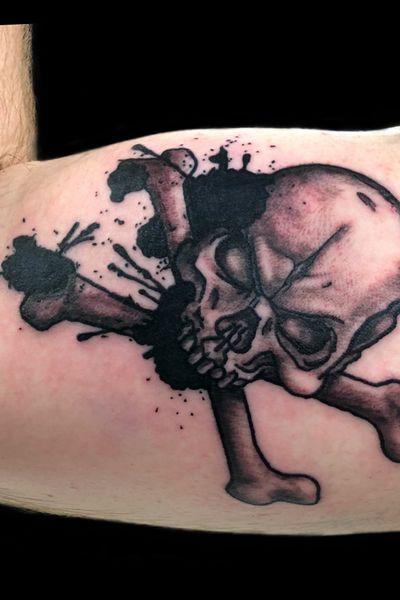 #tattoo #tattooinspiration #tatoo #tat #tattooideas #tattoos #tatu #tatoos #tatt #tats #tatts #tatto #tatuagem #tattooist #tatuajes #pirate #piratetattoo #femaleartist #femaletattooartist #artist #ankiekuis #sweetarttattoo #waalwijk #tribaltrading #tilburg