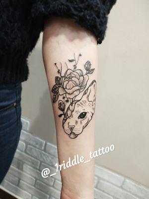 Tattoo Geometric Line work