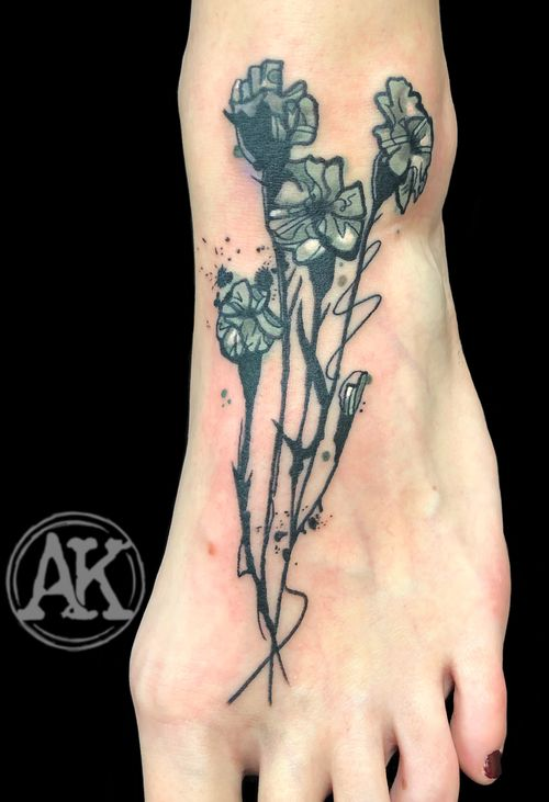 #tattoo #tat #tatoo #tattoos #tatu #tats #tatt #tatts #tatoos #tatuagem #tattooist #tatuajes #tattooer #tatuaggio #tattooing #tattoostyle #tattooed #graphic #graphictattoo #graphictattooartist #femaleartist #femaletattooartist #artist #ankiekuis #sweetarttattoo #waalwijk #tribaltrading #tilburg