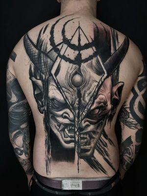 Finished AJ's back. Thanks man email for bookings; antbatetattoos@gmail.com Sponsored by @tattooeverythingsupplies #uktta #crownofthorns #silverbackink #silverbackinkinstablack #fkirons #sullenartcollective #chester #tattoo #tattoos #tattooed #tattooartist #tattoostudio #wheretheytatt #antbatetattoos #ezgripz #blackwork #blackworkerssubmission #blackworkers #blacktattooart #chaoticblackworkers #darkartists #btattooing #blxckink #theblackmasters #onlythedarkest #blacktattoomag #tattooeverythingelite #tattooeverythingsupplies #elite25 #thedarkestwork